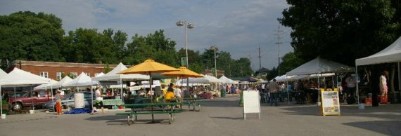 Ferguson Farmers Market. Photo Attribution | Chris Bates | Ferguson Farmers Market on Facebook